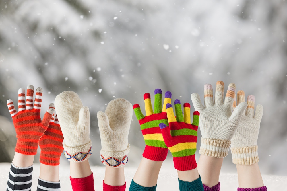 Are Mittens or Gloves Warmer: Keeping Your Hands Warm This Winter! - The Comfy Muff