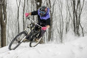 Best Winter Biking Gloves of 2019: Complete Reviews with Comparisons