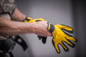 Best Cold Weather Work Gloves of 2020: Complete Reviews With Comparisons